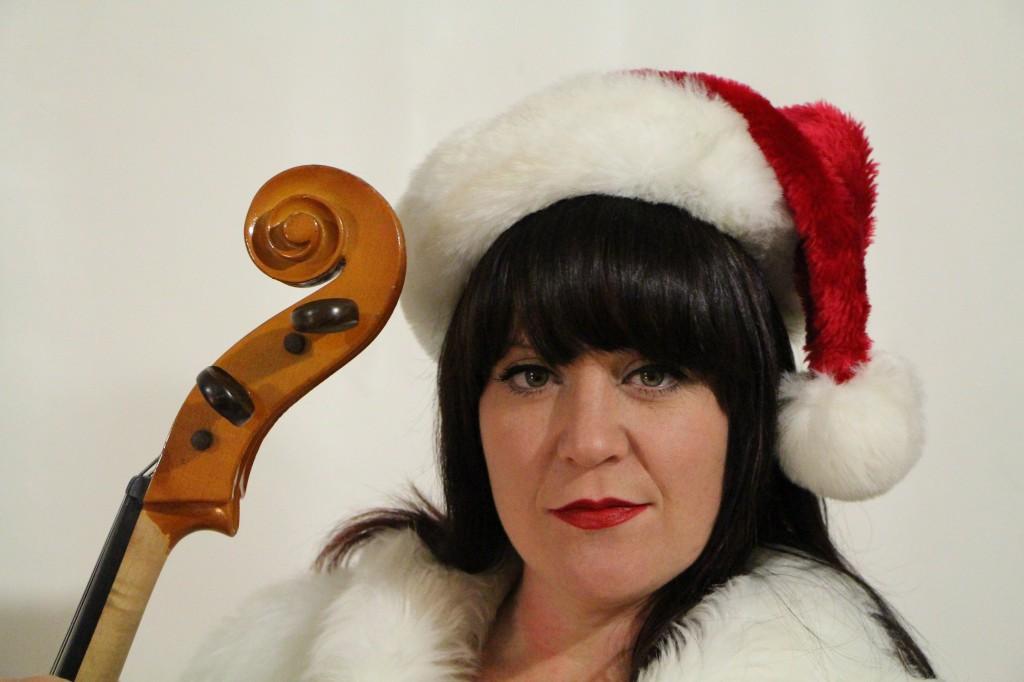 Soozie and the Cheesewagon Christmas Photo Shoot